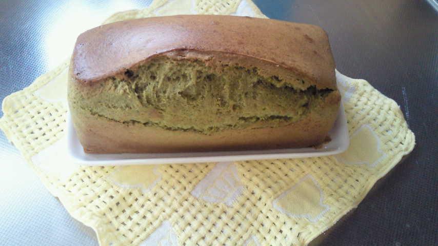 ヨモギのパウンドケーキ